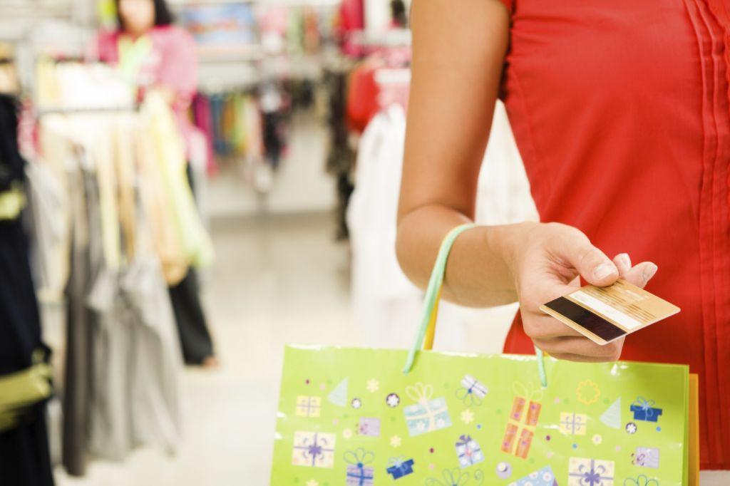 3a4087d469 Os jovens adultos, que têm hoje 25 e 34 anos, conhecidos por Geração  'Millennials', criaram novas regras na relação com as marcas, segundo um  estudo da ...