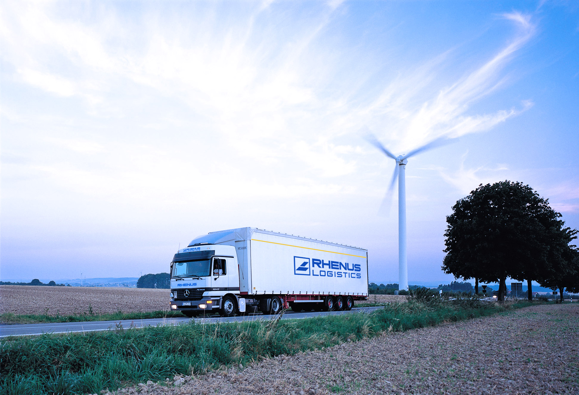 camion_rhenusl_logistics