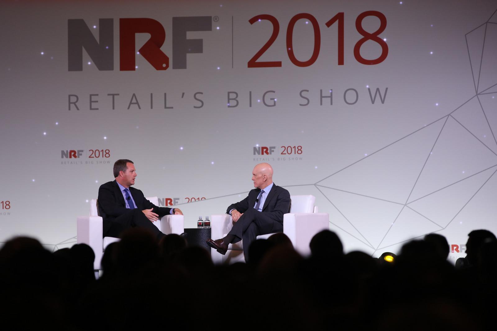 Doug Mc Millon à conversa com Mathew Shay, presidente da National Retail Federation, no primeiro dia do Retail's Big Show 2018