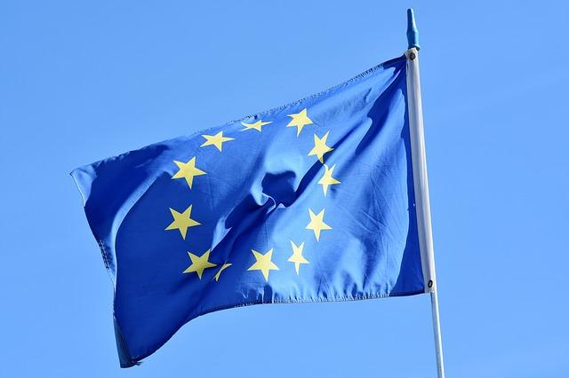 flag-3370970_640