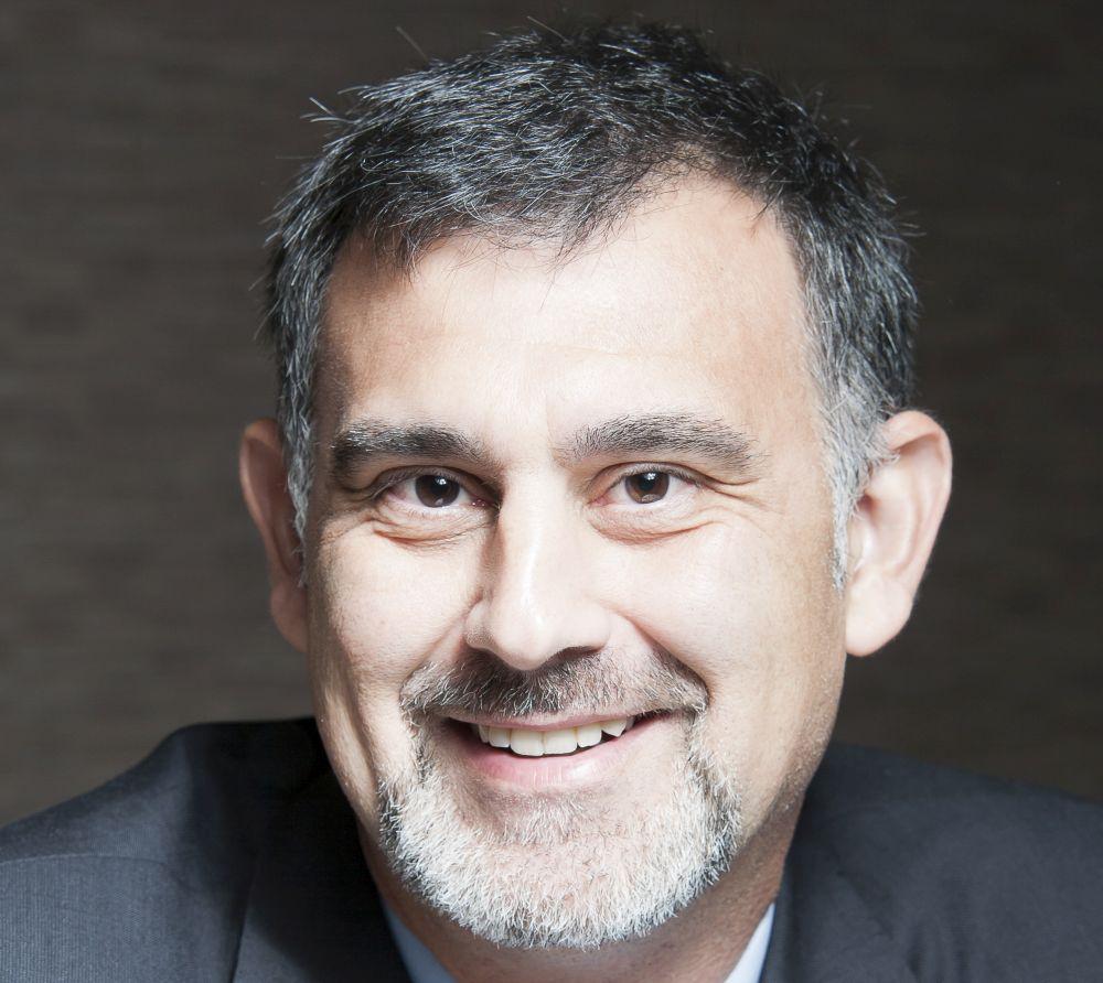 Carlos L (1)