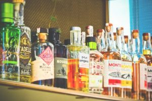 bottles-3623317_640