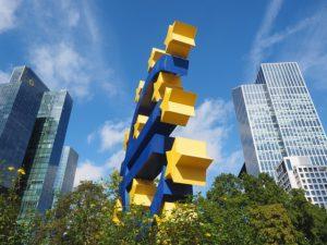 euro-sculpture-2867935_640