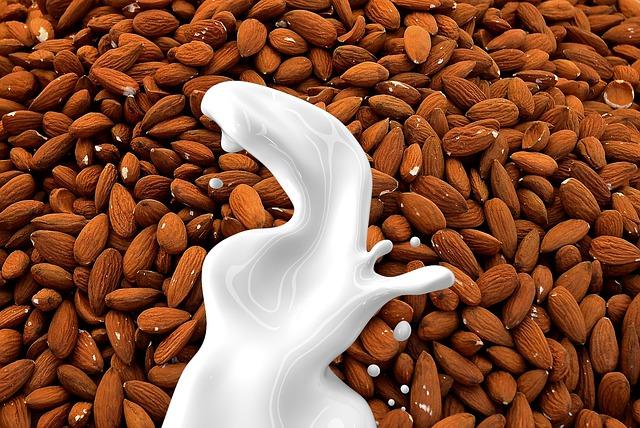 almond-milk-g331be5060_640